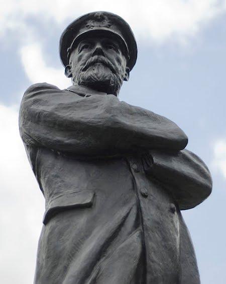 Captain Smith Statue, Beacon Park, Lichfield